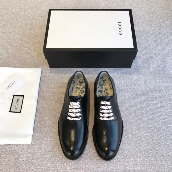 Gucci Bee Motif Lace Up Mens Dress Shoes Calfskin Leather Spring/Summer 2020 Collection, Black