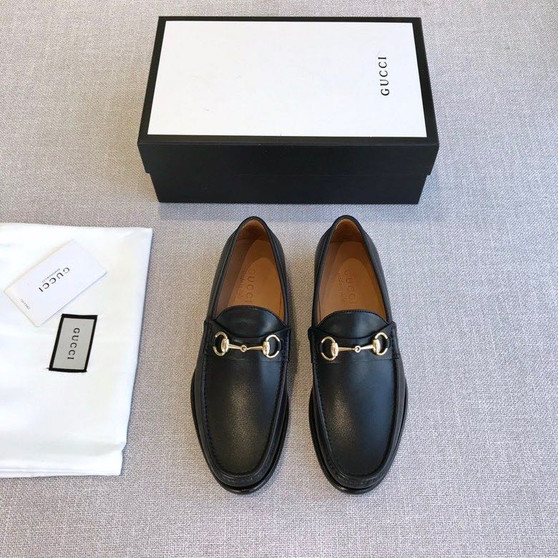 Gucci Horsebit Loafers Calfskin Leather Spring/Summer 2020 Collection, Black
