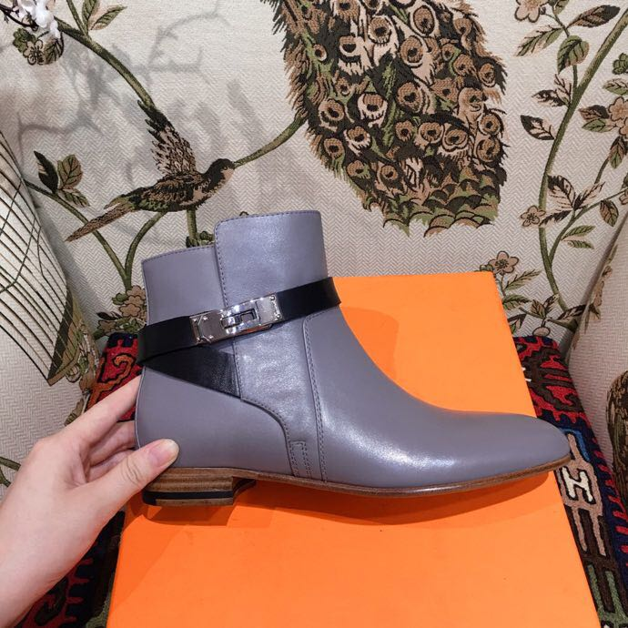 buy online b21bf 34f4e Hermes Neo Ankle Boots Calfskin Leather Fall/Winter 2018 Collection,  Grey/Black