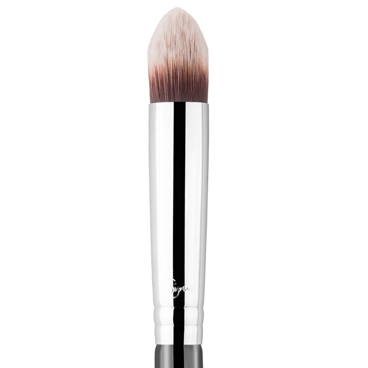 Sigma Beauty P86 - Precision Tapered Brush™ BeautifiedYou.com