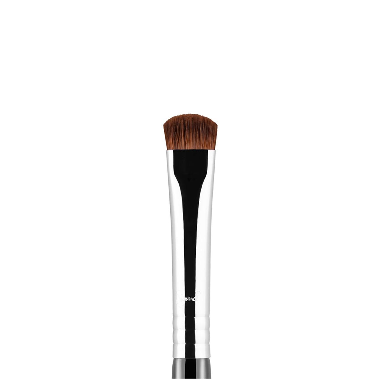 Sigma Beauty E20S - Short Shader Brush