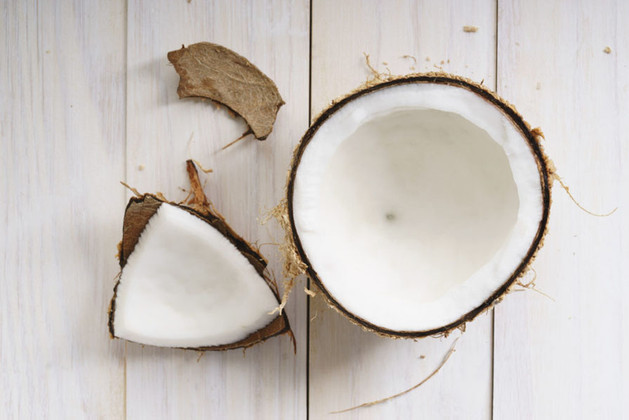 7 Fascinating Ways to Use Coconut Oil