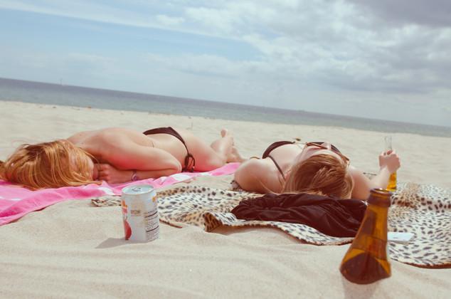 How to Heal A Sunburn - The Mega Guide for Summer Sunburn Remedies