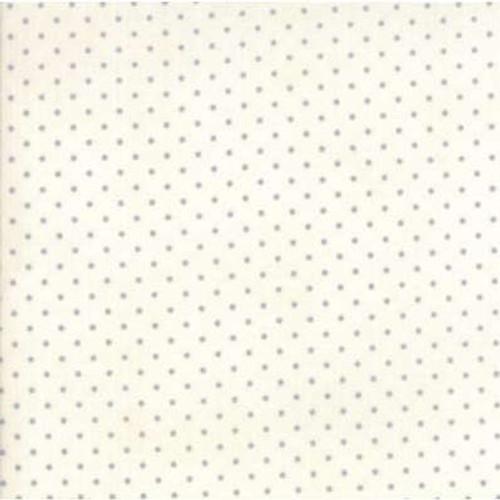 Moda Essential Dots White/Silver Dot