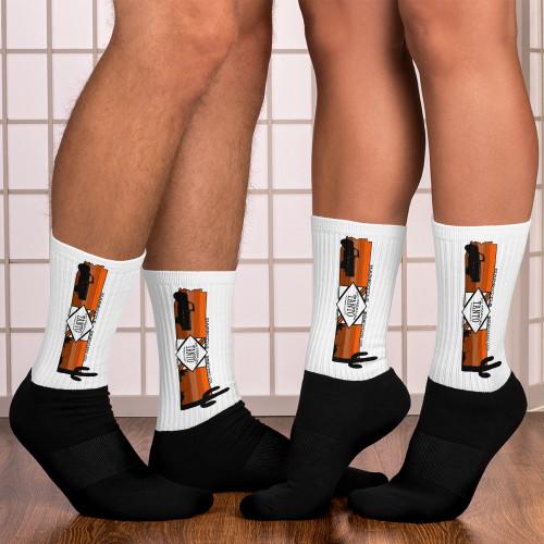 No Trebajes Tanto Socks