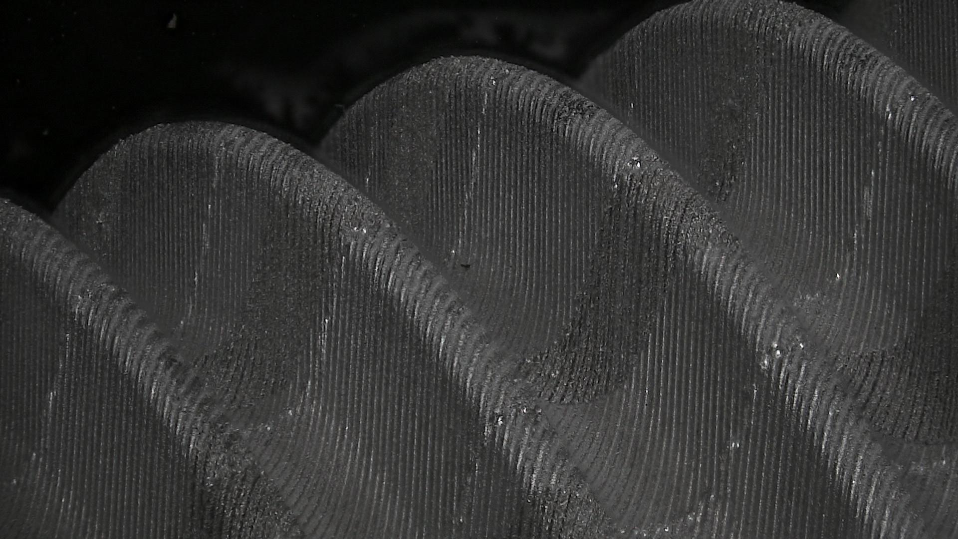 griptec-l3v-black.jpg