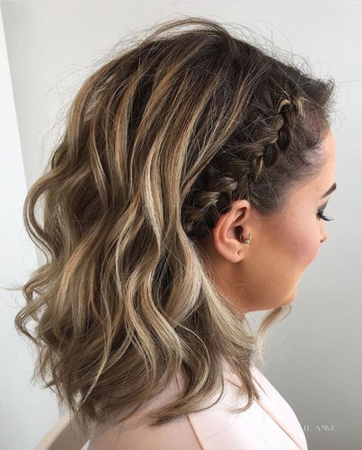 7 Super Easy Homecoming Hair Ideas , Alyce Paris
