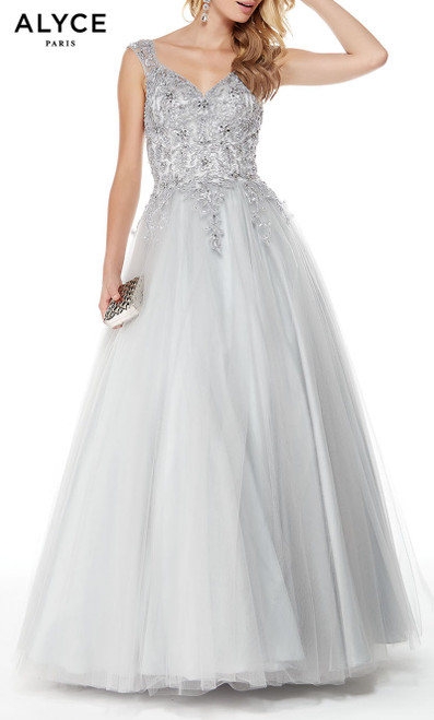 Formal Dress: 27003. Long, Sweetheart Neckline, Ballgown