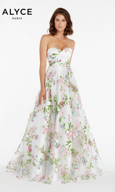 Formal Dress: 1440. Long, Strapless, Flowy, Enclosed Back