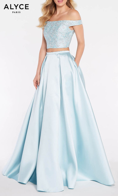 Formal Dress: 1276. Long, Off The Shoulder, Medium Fullness