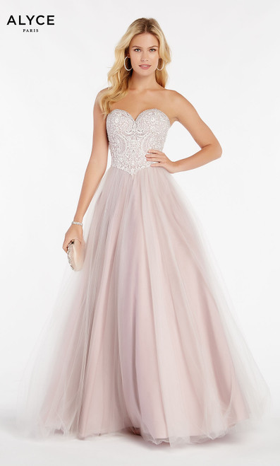 Formal Dress: 60360. Long, Sweetheart Neckline, Medium Fullness