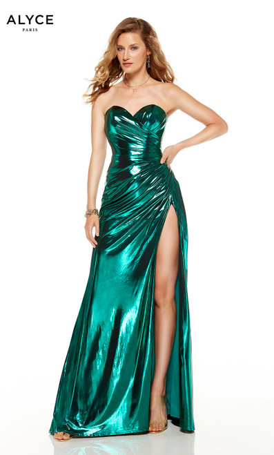 Strapless Emerald colored red-carpet gown with a high slit