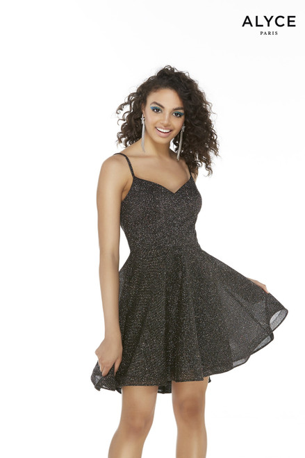 Black-Multi glitter cocktail dress for juniors with a sweetheart neckline