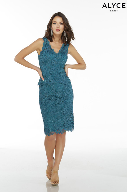 Sleeveless Blue lace short mother of the groom dress with V-neck and a peplum top
