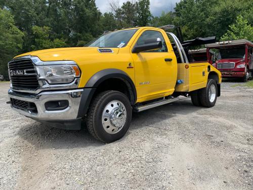 2019 Dodge 5500 Vulcan - yellow