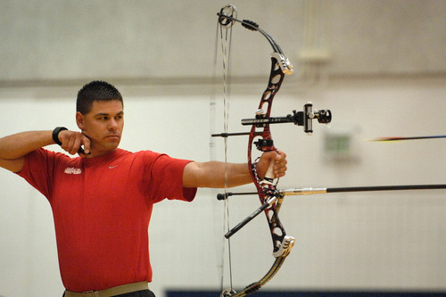 Compound Bow Shooting Tips for Beginners