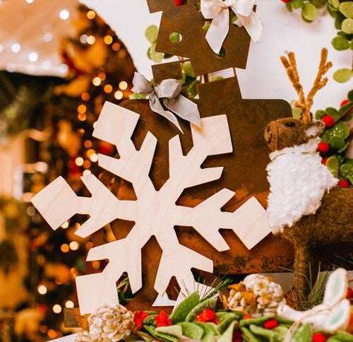 """Snowflake Cutout Large 12""""L x 10.5""""W"""