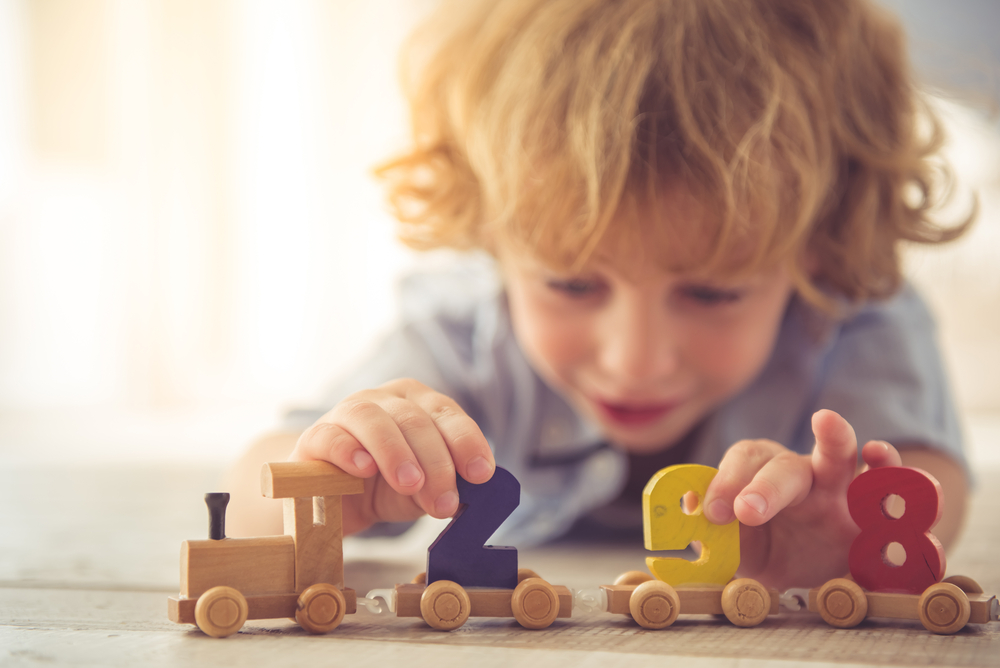 3 Factors to Consider when Buying Wooden Toys