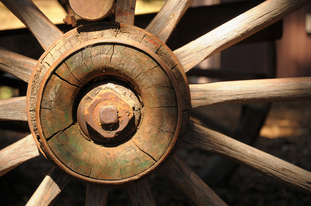 How to Design Wooden Wagon Wheels