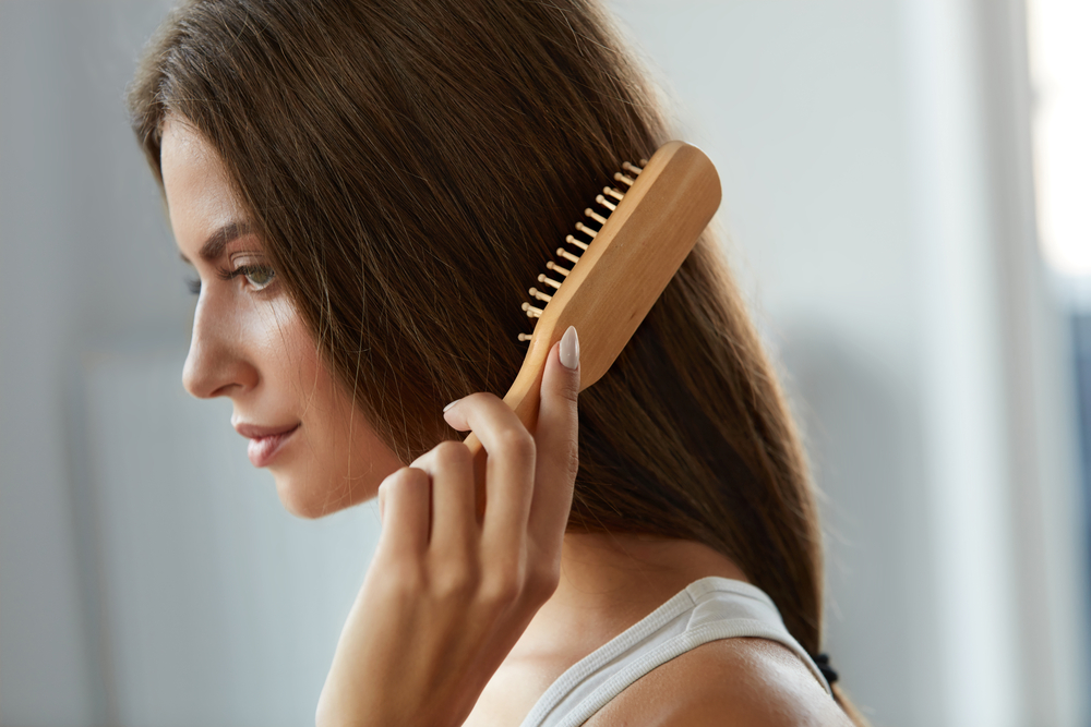Why Wooden Combs are Beneficial for the Hair and Scalp