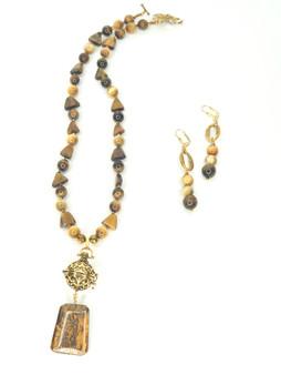 Tiger's Eye w/ Gold Locket Necklace Set