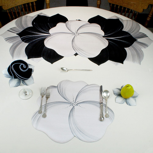 Buttercup Placemat - White/Silver