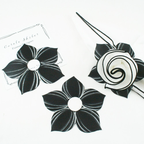 Bouquet Napkin Ring - Black with Frost Highlights with suggested White with Black Trim Napkin