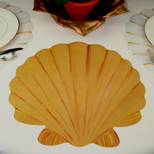 Hand-painted Scallop Shell Placemat in gold with copper highlights. Mix with others in White/Gold or match with same.