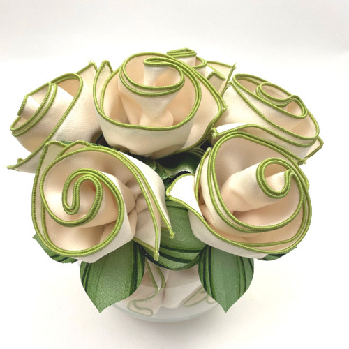Set of 6 comes rolled up with complementary mint and pine napkin rings, as shown, and all ready to place into vase or wine glasses  (vase not incl.), or may be set on top of the plate or placemat.