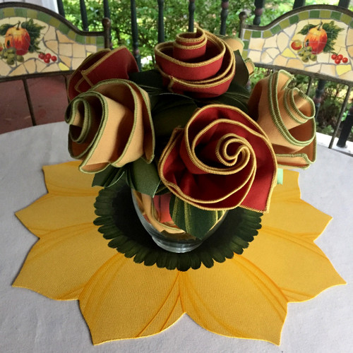 Special Centerpiece includes sustainable bouquet of 6 Napkins, 6 Rings + Sunny Yellow Sunflower Placemat!