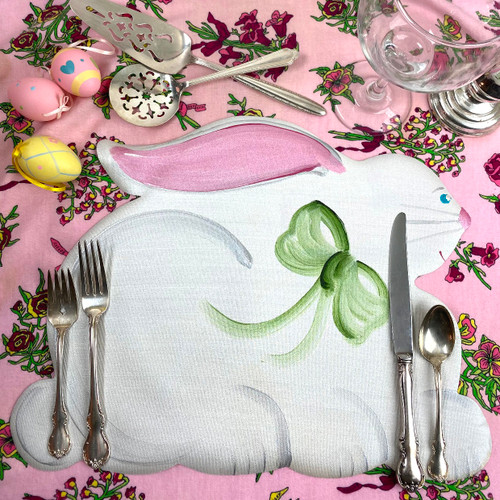 Hand-painted in Kingston, NY, this little bunny sponges clean and will look happy for years to come. Set as a centerpiece, or set at each place-setting...or pair or alternate with Carole's hand-painted Easter Eggs.