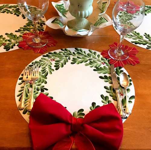 Wreath with Bow-Tied Napkin & Ring