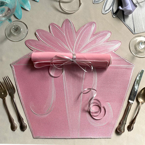 Think Pink, as in Gift Box Placemat...add the rolled napkin for a complete place-setting. (shown on additional post).
