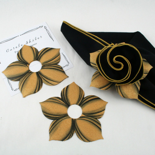 Bouquet Napkin Ring - Gold with Black Highlights with suggested Wheat with Gold Trim Napkin
