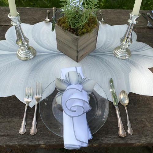 wedding-rustic-setting-500.jpg