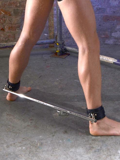 Rouge Adjustable Leg spreader restraint bar bdsm bondage with Black or Red leather cuffs Slave Master ABDL