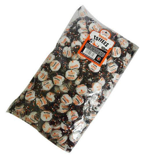 Walkers Treacle Toffees (2kg bag)