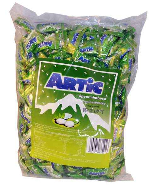 Artic Mints - Spearmint burst, by Wrigley,  and more Confectionery at The Professors Online Lolly Shop. (Image Number :1915)