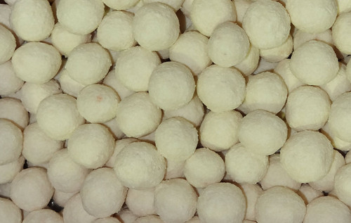 Robern Menz Apricot Balls - Large, by Robern Menz,  and more Snack Foods at The Professors Online Lolly Shop. (Image Number :7243)