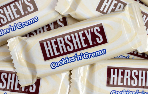 Hersheys Snack Size Cookies and Cream Milk Chocolate Bars, by Hersheys,  and more Confectionery at The Professors Online Lolly Shop. (Image Number :9579)