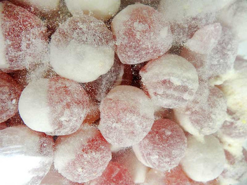Maxons - Strawberries & Cream and more Confectionery at The Professors Online Lolly Shop. (Image Number :12959)