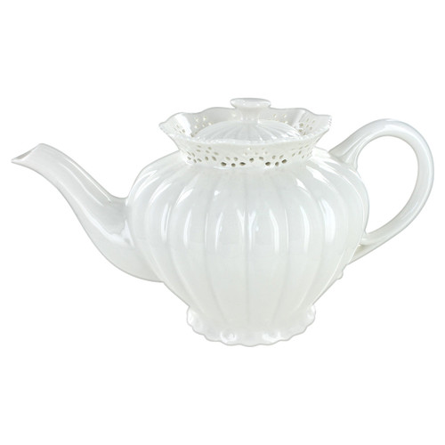 White Heirloom Porcelain Teapot - 6 cup