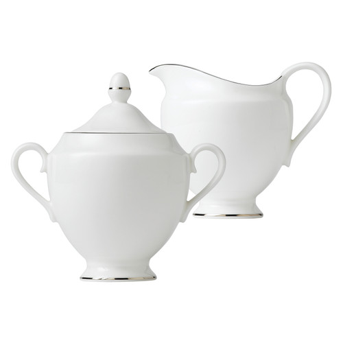 Wedgwood - Signet Platinum- Sugar Bowl and Creamer Set