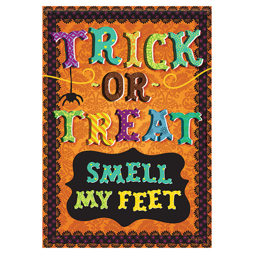 Halloween Garden Flag - Smell My Feet