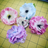 It's been a while... So here's a new flower making tutorial!