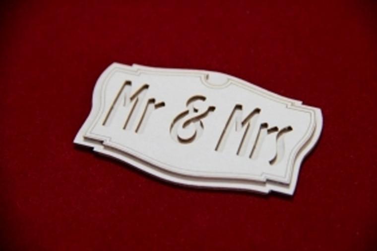 Scrapiniec - Decorative Chipboards - Mr & Mrs Signboard