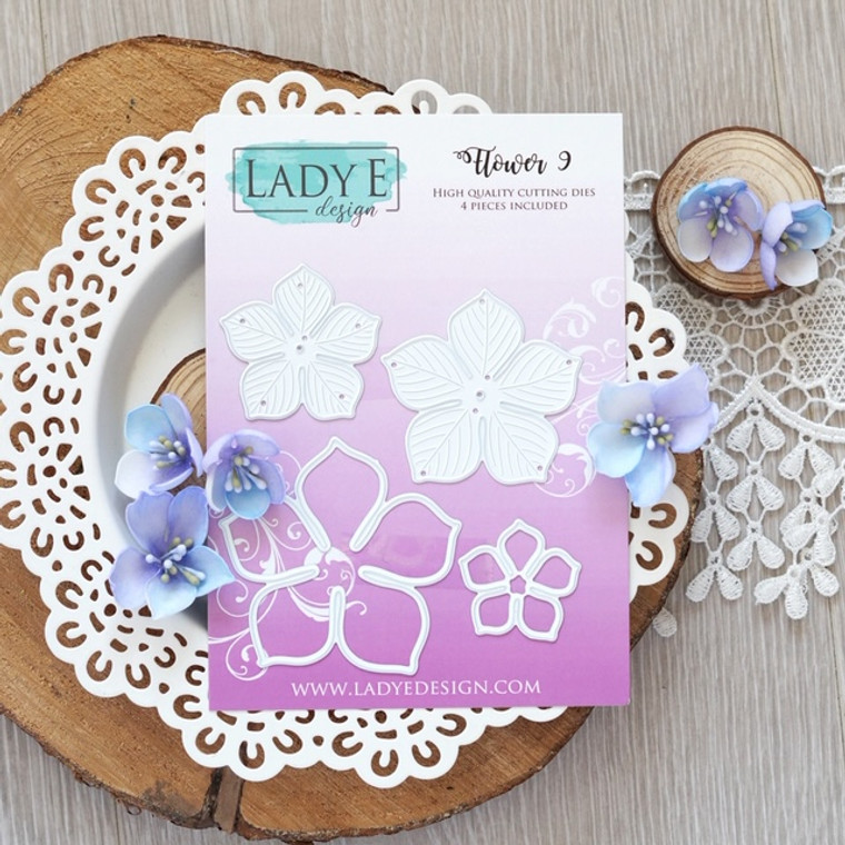 High Quality Cutting Dies, used in most die cutting machines. Create beautiful paper, foam, foamiran flowers in various sizes for your cards, crafts, mixed media projects! Set include 4 dies
