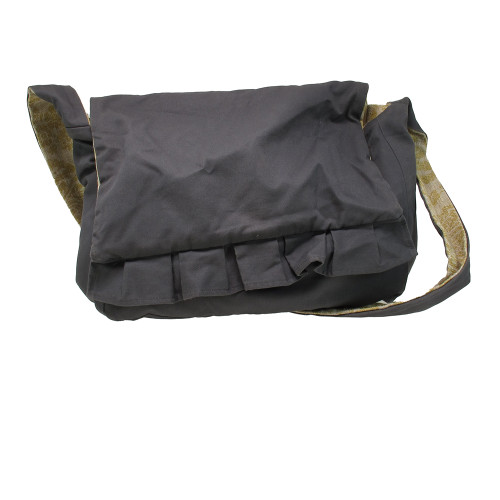 USED JEANNE OLIVER MESSENGER BAG