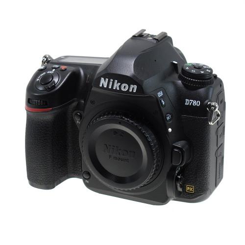 USED NIKON D780