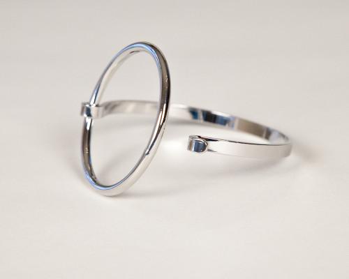 Silver Hoop Clasp Bracelet